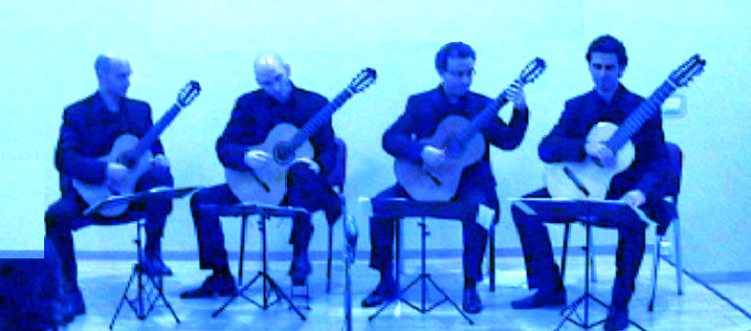 http://www.davideficco.com/wp-content/uploads/2014/11/Claps-I-Quartetto-Santorsola-COVER.jpeg